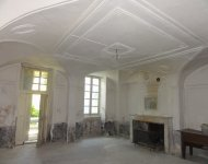 DROME SUD near a village  18th cty noble house to be restored with a garden