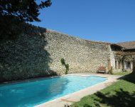 DROME PROVENCALE , in a village with shops, big house with garden and pool