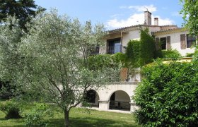DROME PROVENCALE in a village,near montelimar, big house, garden and pool